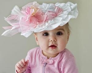 baby-in-a-bonnet