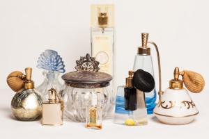 perfume_bottles_022x
